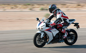 Honda CBR1000 RR wallpaper