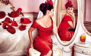 Penelope Cruz Red Outfit wallpaper