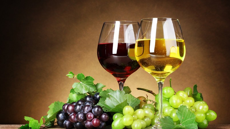 Red and White Wine wallpaper