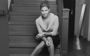 Eva Mendes Black and White wallpaper