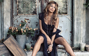 Gorgeous Eva Mendes wallpaper