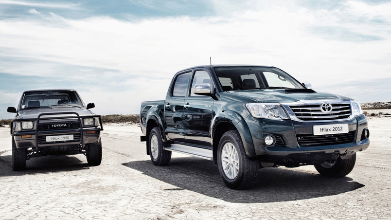Toyota Hilux Old Vs New Hd Wallpaper Wallpaperfx
