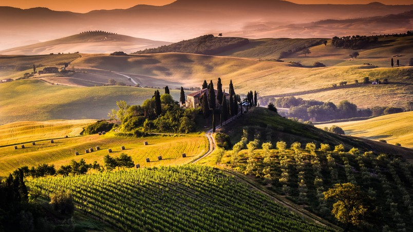 Amazing Tuscany View wallpaper