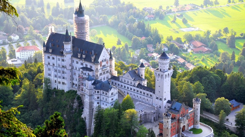 Neuschwanstein Castle View wallpaper