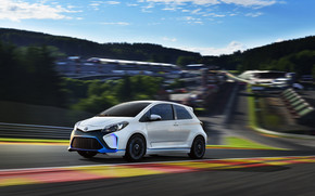 2013 Toyota Yaris Hybrid R Concept wallpaper