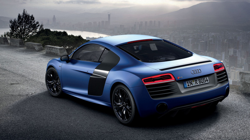 Blue Audi R8 2013 wallpaper