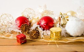Few Christmas Ornaments wallpaper