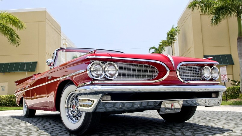 1959 Red Pontiac Cabrio wallpaper