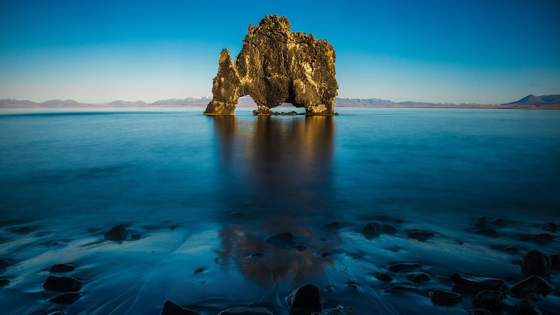 Hvitserkur North Iceland Hd Wallpaper Wallpaperfx