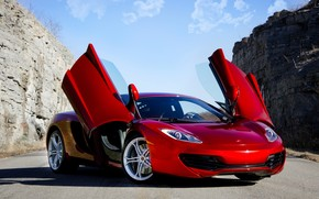 Red McLaren MP4 12C wallpaper