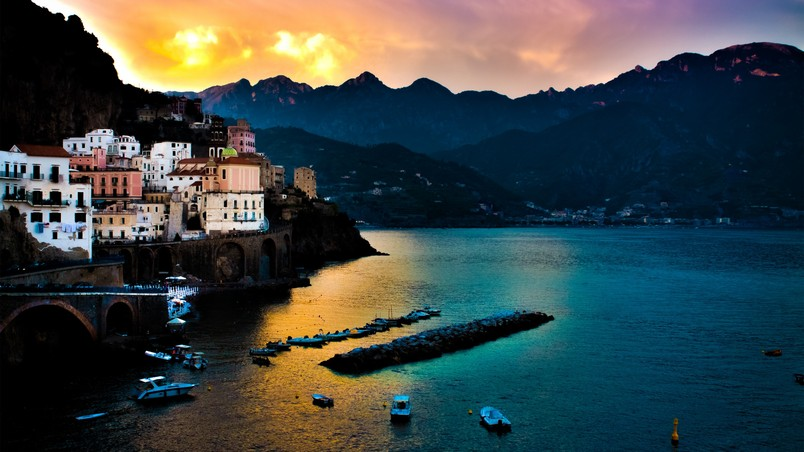 Amalfi Coast Landscape wallpaper