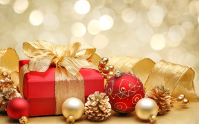 Christmas Gift Box and Decorations wallpaper