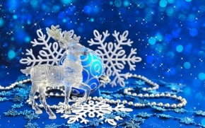 Glass Reindeer wallpaper