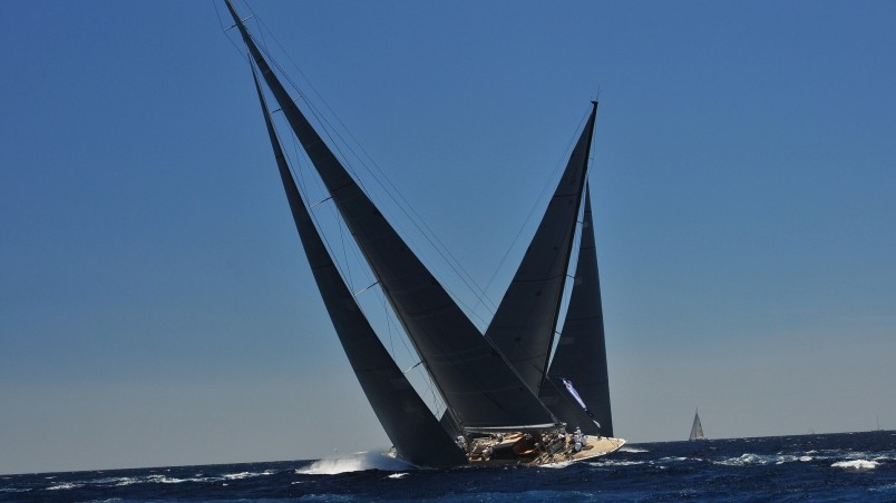 Sailing Yacht wallpaper