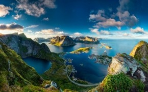 Reinebringen Norway wallpaper