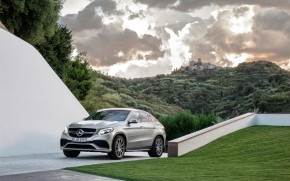 2015 Mercedes-AMG GLE 63 Coupe wallpaper