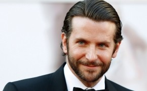 Goodlooking Bradley Cooper  wallpaper