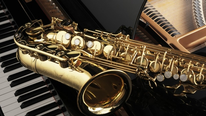 Saxophone and Piano wallpaper