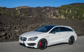 Mercedes Benz CLA 45 AMG wallpaper