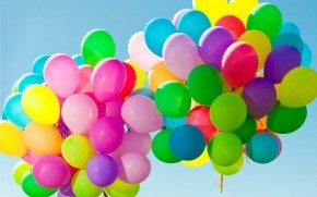 Colorful Balloons in the Sky wallpaper