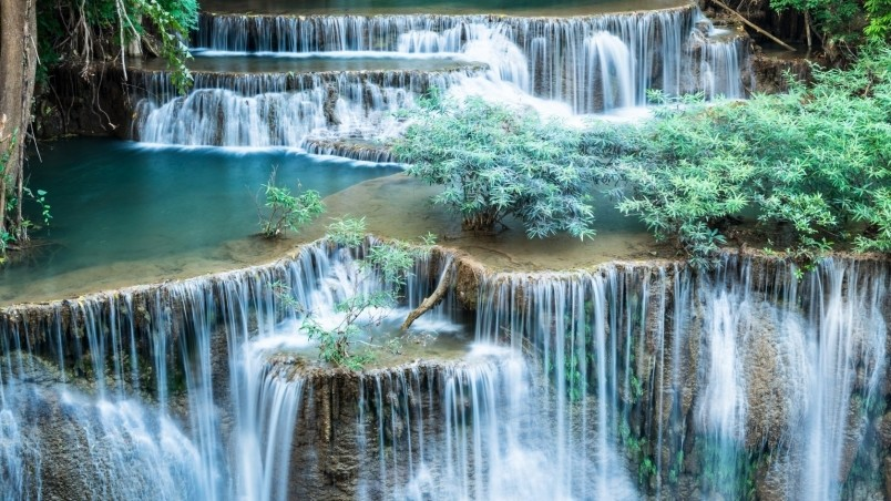 Amazing Waterfalls Wallpaper