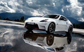 White Nissan 370Z Reflections wallpaper