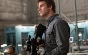 Liam Hemsworth in The Hunger Games wallpaper