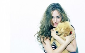 Eliza Dushku Puppy wallpaper