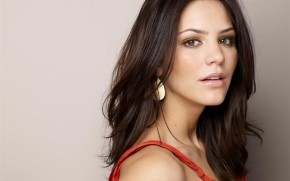 Gorgeous Katharine McPhee  wallpaper