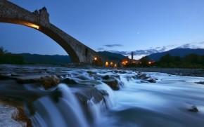 Ponte del Diavolo Night View