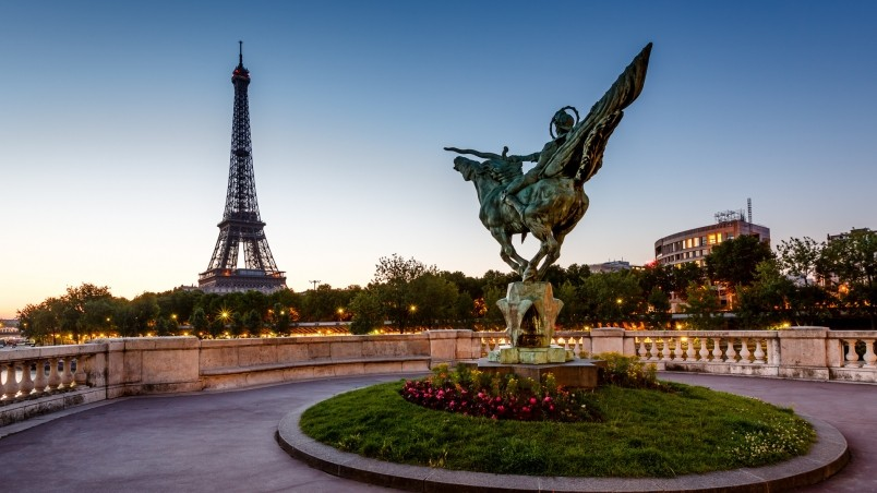 10 Most Popular Tour De France Wallpapers Full Hd 1080p: Reborn Statue France HD Wallpaper