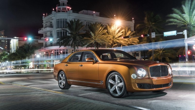 gold bentley mulsanne hd wallpaper wallpaperfx. Black Bedroom Furniture Sets. Home Design Ideas