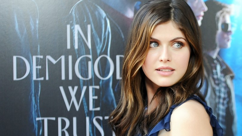 Cute Alexandra Daddario wallpaper