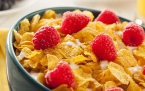 Cereals with Raspberries  wallpaper