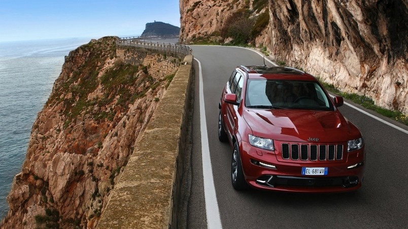 preview red jeep grand cherokee srt8