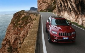 Red Jeep Grand Cherokee SRT8 wallpaper