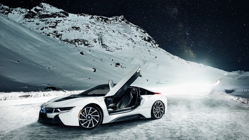 White BMW I8 Wallpaper