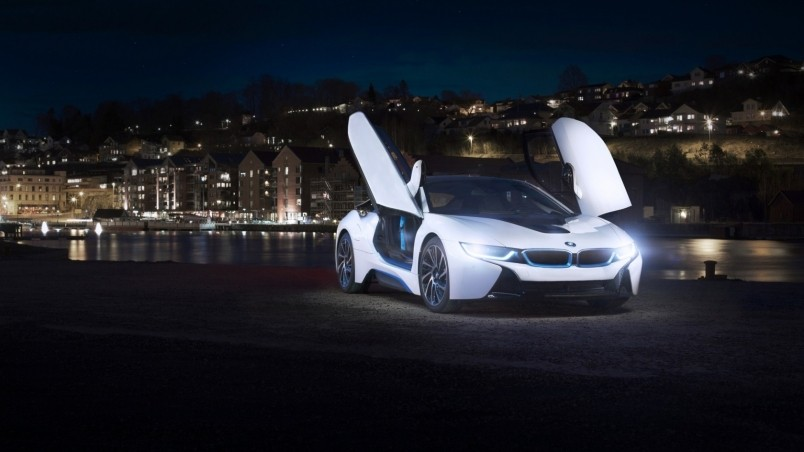 White BMW I8 Concept Wallpaper