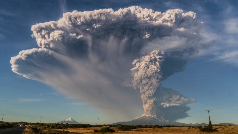 wallpaper hd volcano eruption - photo #37