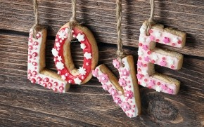 Love Gingerbread Letters wallpaper