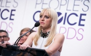 Anna Faris Peoples Choice Awards wallpaper