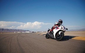 Honda CBR 1000RR on Track wallpaper