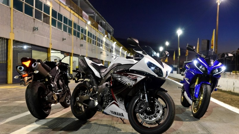 Yamaha R1 Designs wallpaper