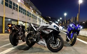 Yamaha R1 Designs