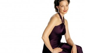 Ashley Judd Purple Dress wallpaper
