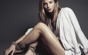 Beautiful Anna Selezneva wallpaper