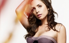 Dreamy Eliza Dushku wallpaper