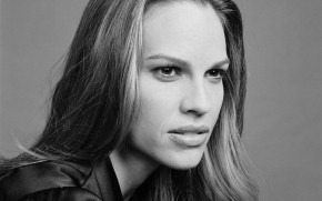 Hilary Swank Black and White wallpaper