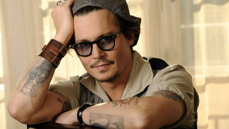 Johnny Depp Pose wallpaper