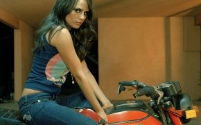Jordana Brewster Motorcycle wallpaper